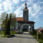 Crkva u Kop. Ivancu s cintorom