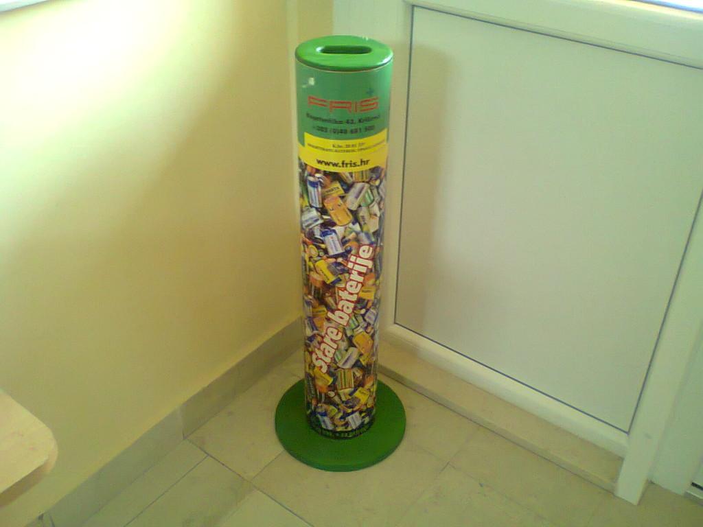 Nabava spremnika za odlaganje starih (korištenih) baterija