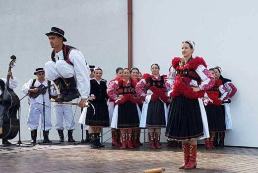 Društvo izvornog folklora gostovalo u Latviji