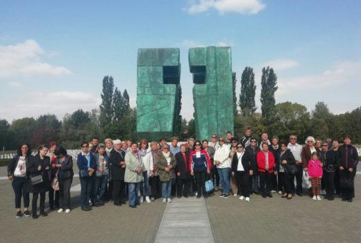 """Udruga žena """"Ivanečko srce"""" Koprivnički Ivanec u posjetu Gradu Vukovaru"""