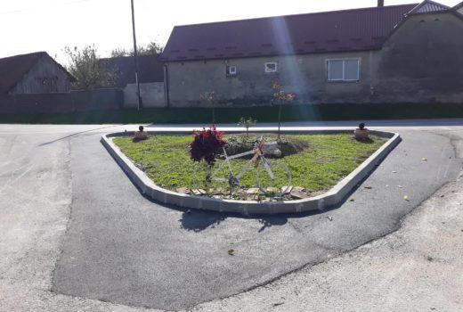 Postavljeni rubnjaci na rondelu u naselju Kunovec