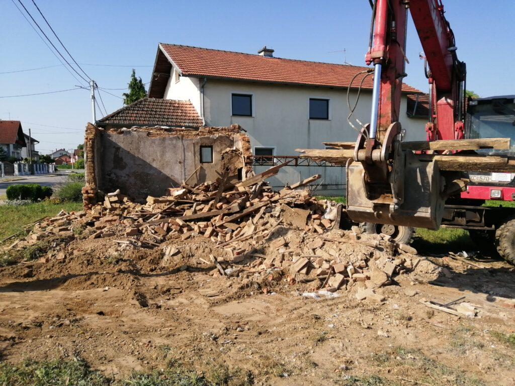 Financiranje rušenja dotrajalih i zapuštenih stambenih i popratnih gospodarskih objekata na području Općine Koprivnički Ivanec