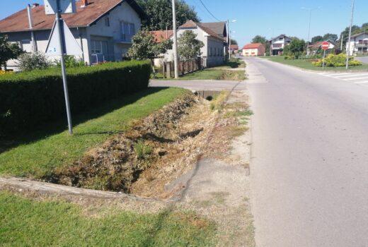 Počeli su radovi na izgradnji pješačko – biciklističke staze sa izgradnjom javne rasvjete u Vinogradskoj ulici u Koprivničkom Ivancu i u naselju Goričko